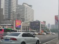 石家庄北国商城户外楼体大牌广告
