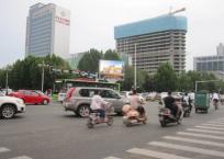 石家庄裕华区省儿童医院路口LED大屏广告